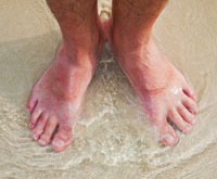 symptoms of peripheral neuropathy in feet